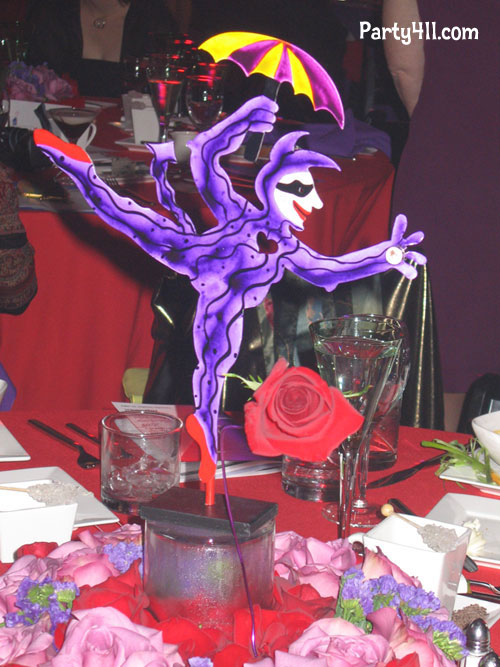 Centerpiece ideas for fundraiser dinner just b use
