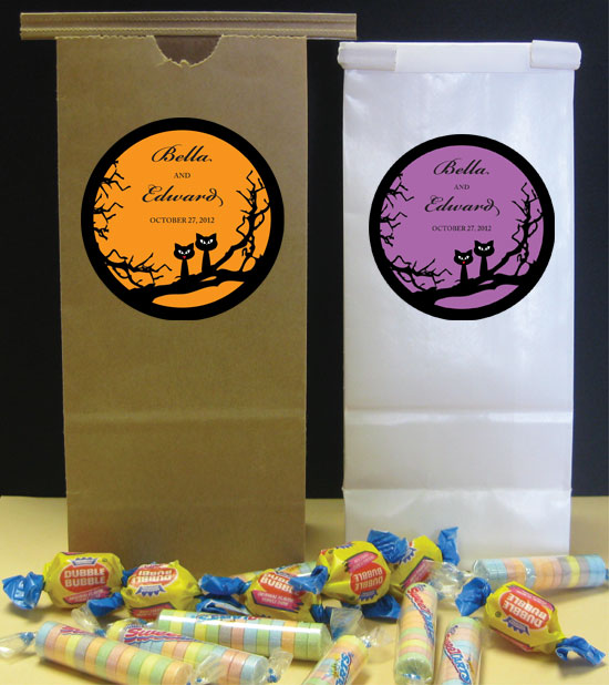 Halloween Wedding Theme Favor Bag / Send home a sweet treat from your Halloween wedding