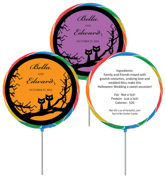 Halloween Wedding Lollipop / A great Halloween wedding lollipop favor!