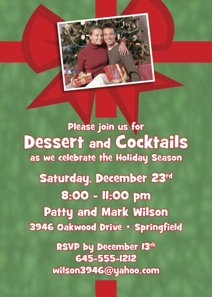 Christmas Photo Invitation / This Christmas Party Invitation is wrapped specially for your guests.