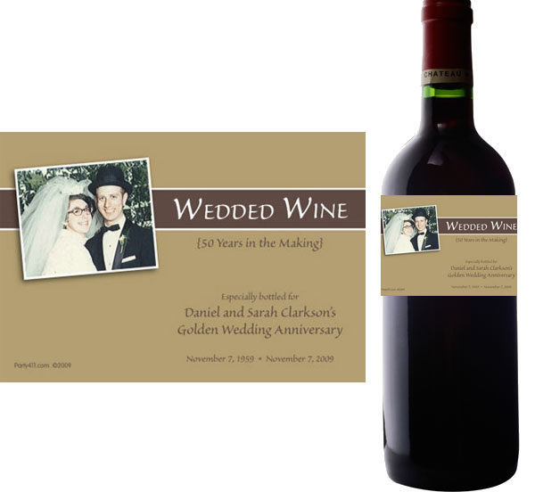 50th Anniversary Theme Bottle Label, Wine / A golden party favor