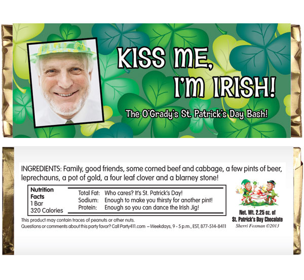St. Patricks Day Green Shamrocks Theme Candy Bar Wrapper / Personalized Candy Bar Wrappers make for a great party favor at your St. Patty's Party